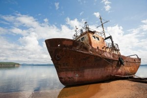 rusty-old-boat-on-the-shore